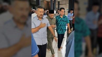 Photo of [VIDEO] Covid-19: Orang ramai dihalang bersalam dengan Tun M