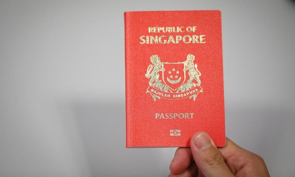 SINGAPURA PASPORT