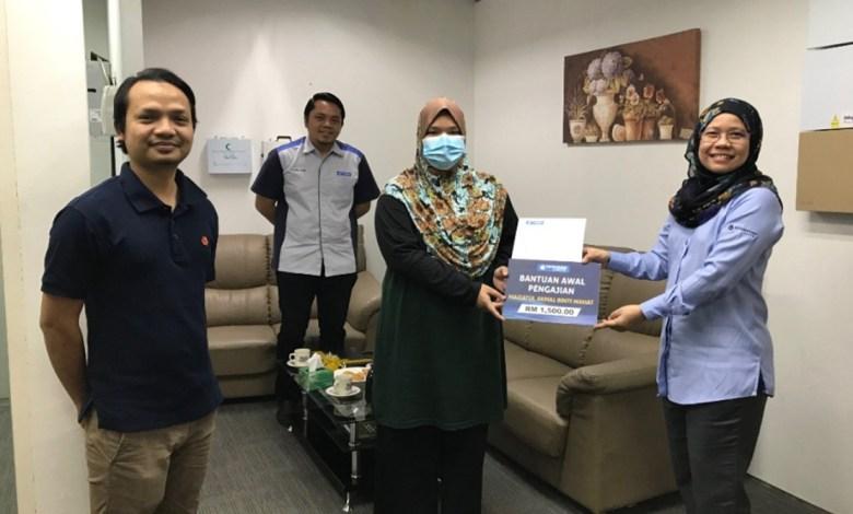 Yayasan Bank Rakyat Bantu Pelajar Tidak Berkemampuan Suara Merdeka