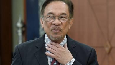 Photo of Sokong, tentang atau duduk atas pagar – Tunggu Anwar Ibrahim menghadap Agong, lusa