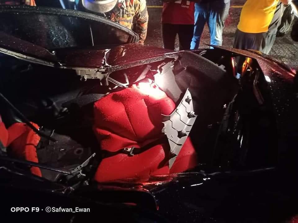 Polis sahkan bukan besi jatuh, pemandu kren larikan diri – Suara Merdeka