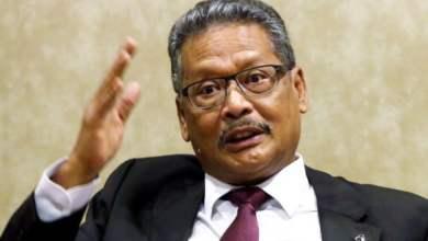 Photo of Dr. Mahathir akan disaman oleh bekas Peguam Negara, Apandi Ali