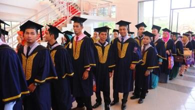 Photo of Elak graduan menganggur, terima pekerjaan dengan gaji rendah