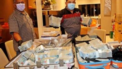 Photo of Penyangak Tanah Besar sorok duit RM2.5 juta dalam beg