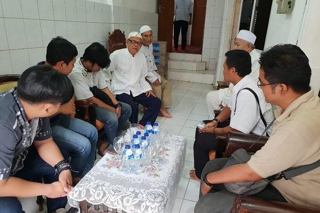 Polri dan DMI DKI Jakarta Serahkan Bantuan ke DKM
