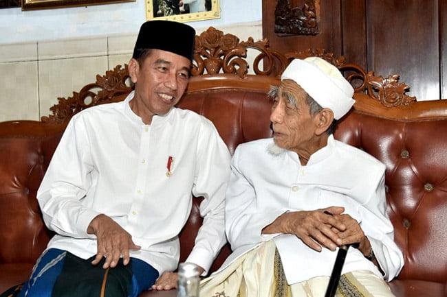 Doa Mbah Maimun Yang Diamini Jokowi: Inilah Pemimpin, Pak Prabowo, Jadikan Ya Allah