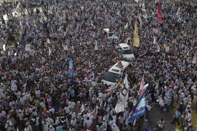 People Power, Barang Halal Yang Diharamkan, Opini Hersuberno Arief