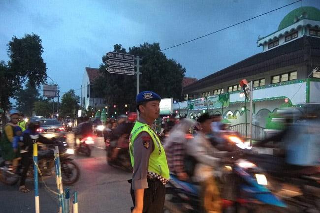 Masjid Agung Banten Lama Masih Jadi Tujuan Wisata Lebaran