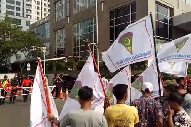 Aksi Bela Rakyat Gorontalo Utara Jilid III: PT Toba Bara Tak Bisa Tunjukkan Bukti Pembayaran