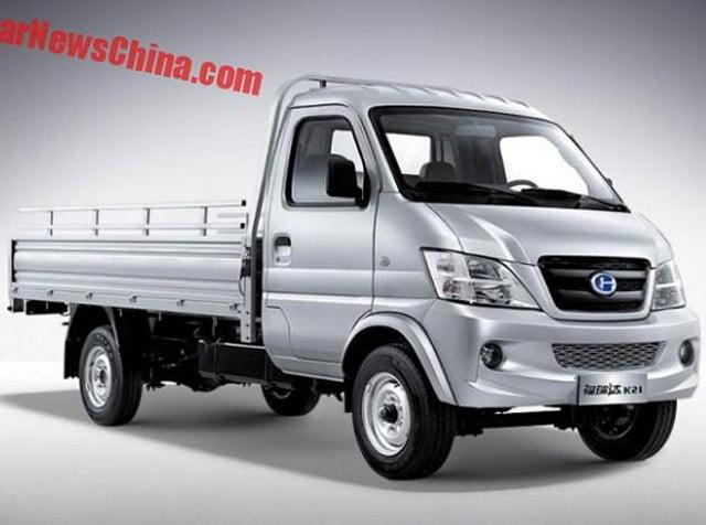 Mobil Esemka Bima dan Furuida K21 Made In China