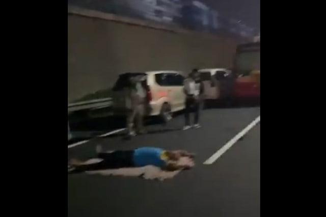 Jelang Habib Rizieq Pulang, Ruas Tol Menuju Bandara Soetta Macet
