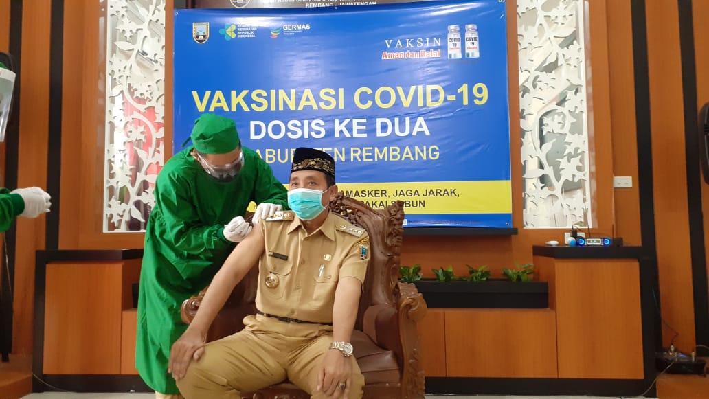 Bupati Mendapat Suntik Vaksinasai Covid-19 Dosis Ke Dua