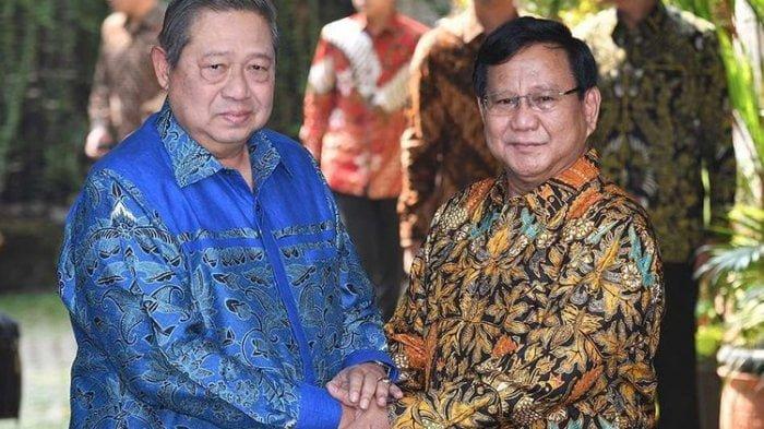 prabowo-subianto-kanan-berjabat-tangan-dengan-susilo-bambang-yudhoyono_20180730_171724