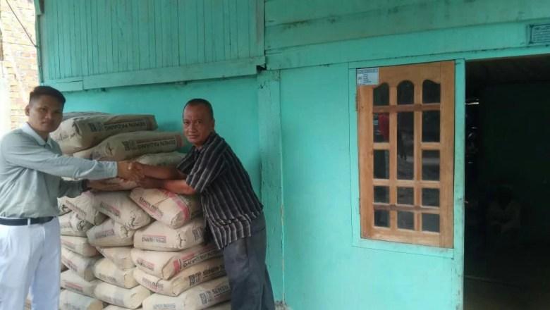 PT BKS Salurkan Bantuan Material Korban Kebakaran