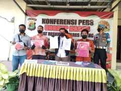 Foto,Satreskrim Polres Metro, Berhasil Ungkap Kasus Pemalsuan SK Honorer