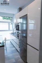 Cocina Blanca tipo americana Cocinas Suarco: Fabrica y