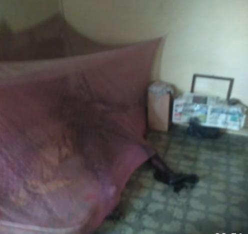 Riswanda tak Bernyawa di Dalam Kelambu Merah Muda
