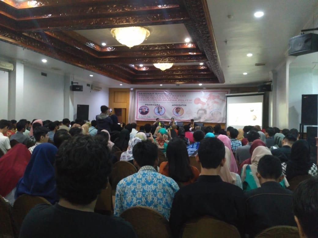 Rocky Gerung Narasumber Seminar, Panitia Sempat Cemas