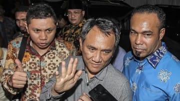 Andi Arief Kritik Kegagalan Penuntasan Kasus Novel Baswedan