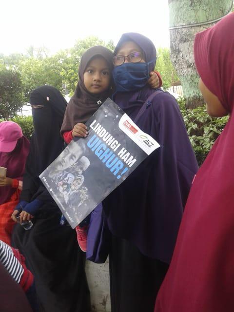 Aksi Aliansi Masyarakat Kalsel: #SaveUighur#, Turunkan Tentara