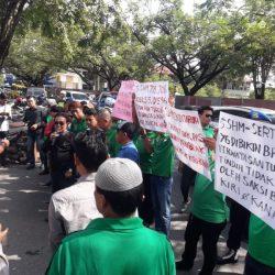 Massa `Ngeluruk' ke Polda Kalsel, Minta Diusut Tuntas Permainan Surat Tanah oleh Oknum di BPN