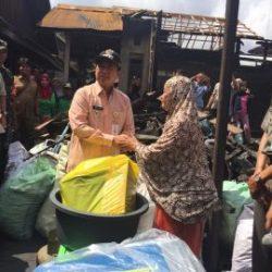 Pemko Banjarmasin Bantu Warga Korban Kebakaran