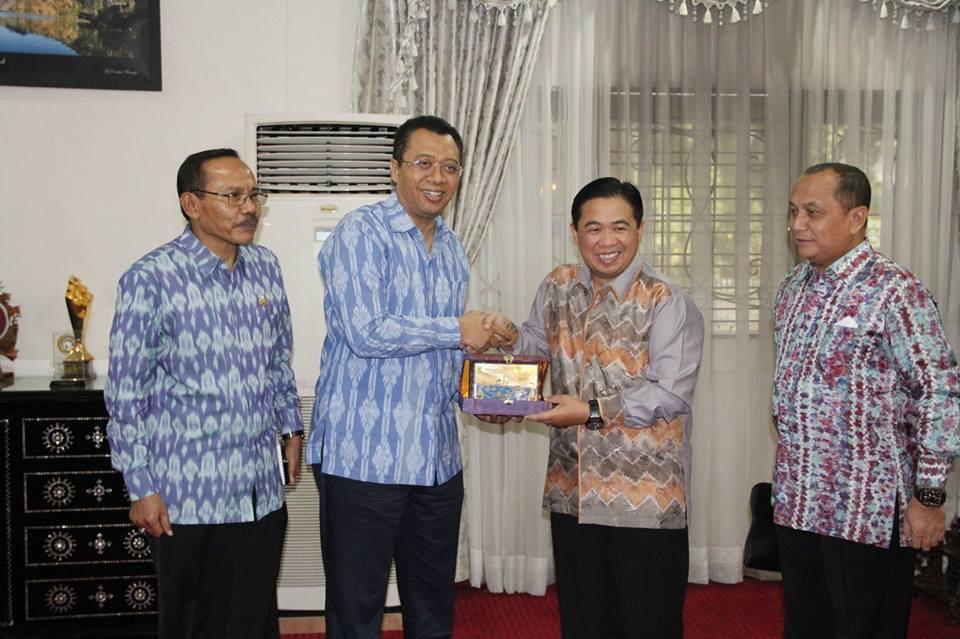 Bantuan untuk Korban Gempa Lombok Diantar Langsung