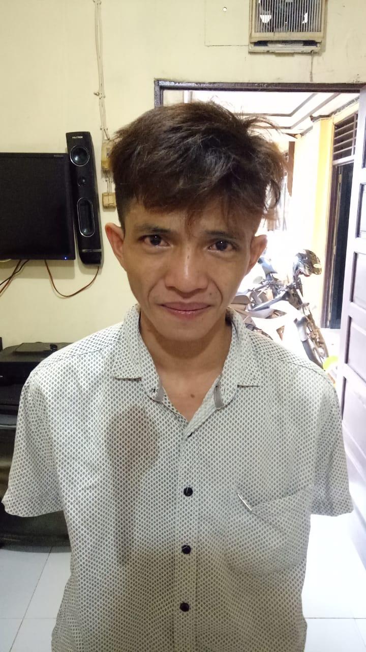 """Rizal """"Bernyanyi' Berujung si Pengamen Ajib Turut Diciduk Polisi"""