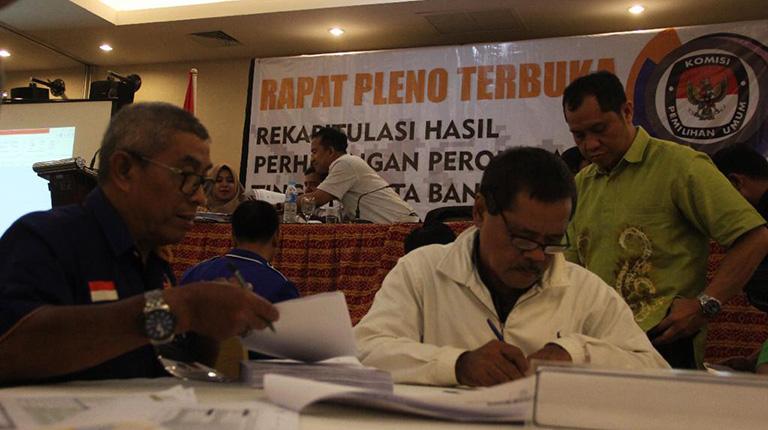 Pleno KPU Kota Berakhir dengan Sejumlah Catatan Keberatan Saksi