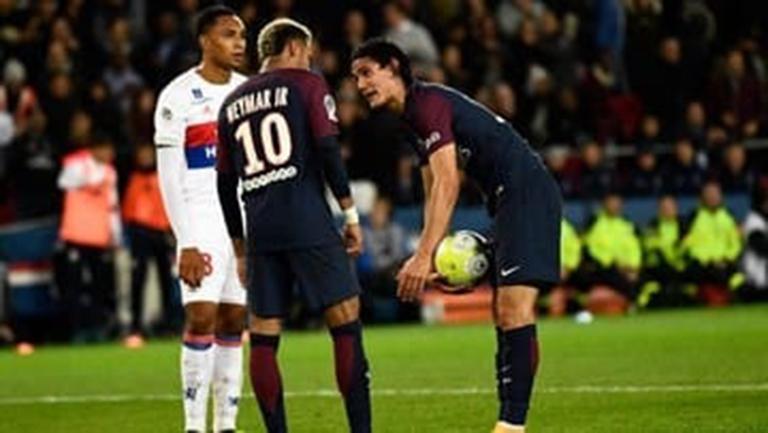 Kronologi Rebutan Penalti Cavani-Neymar Terungkap