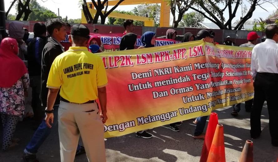 """Sejumlah LSM Kalsel Dukung TNI – Polri dan Tolak """"People Power"""""""