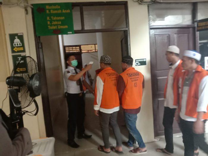 TERDAKWA di PN Banjarmasin Disterilkan Pakai Kipas Angin Berembun Disinfektan