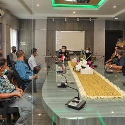 PEDAGANG Ujung Murung Siap Patuhi PSBB Jilid 2