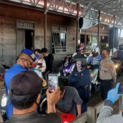 DERMAGA Pelabuhan Disambangi Anggota Sat Polairud Polres Batola