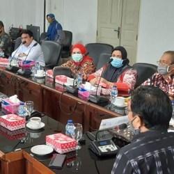LAPOR DPRD Kalsel, KBM Tuntut Dilibatkan Bongkar Muat Batubara