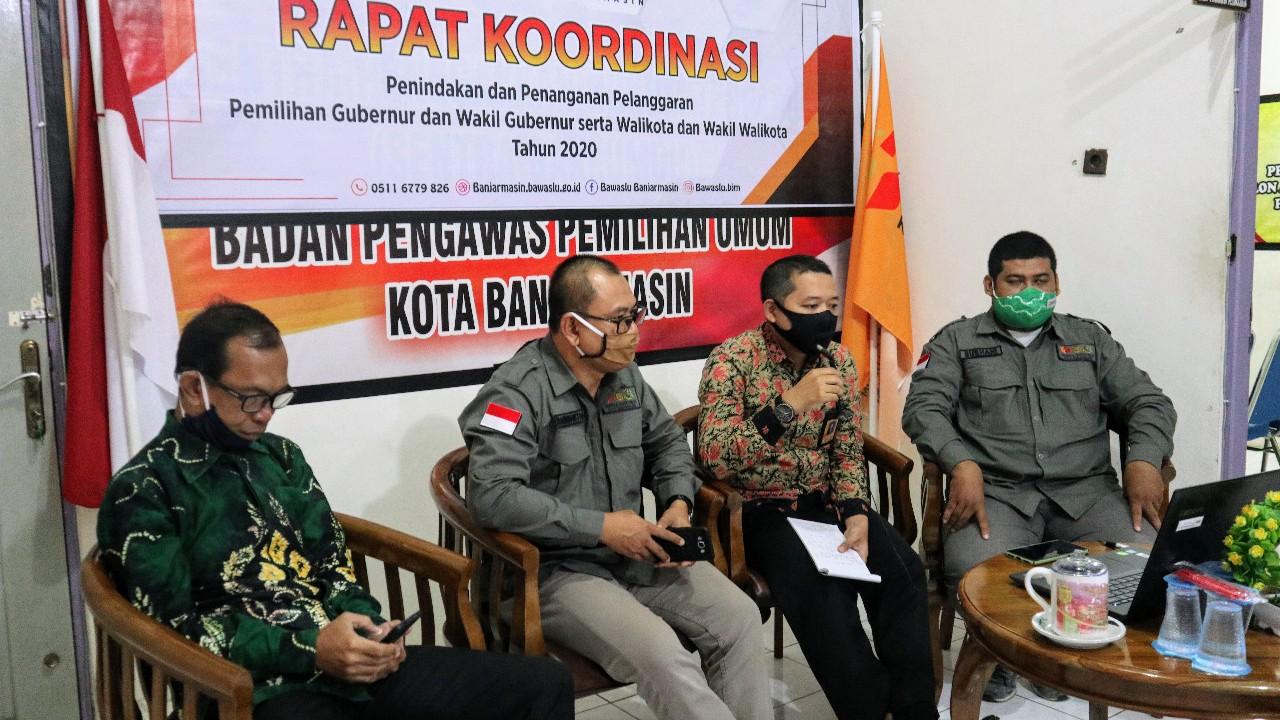 LIMA SARAN Perbaikan Bawaslu untuk KPU Banjarmasin Terkait Verfak Bakal Calon Perseorangan