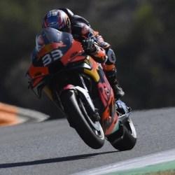 MENANG PERTAMA Kali bagi Brad Binder dan Tim KTM di MotoGP Ceko