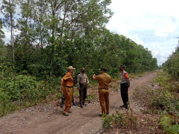TITIK RAWAN Karhutla di Desa Sungai Lumbah dan Handil Bhakti Dicek Petugas Gabungan