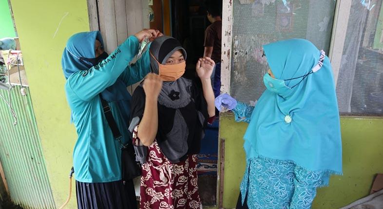 PULUHAN RIBU Masker Dibagikan TP-PKK Kota Banjarmasin
