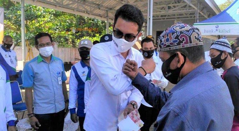 RATUSAN SOPIR Angkutan Umum Terima BLT dari Pemkab Banjar dengan Dukungan Bank Kalsel