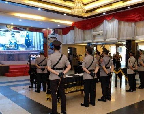 "POSISI Kabid Dokkes Polda Kalsel ""Bertukar Wilayah"" dan Sertijab Bersama Empat Pejabat Lainnya Secara Virtual"