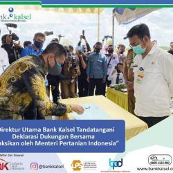 MENTAN RI SAKSIKAN Dirut Bank Kalsel Tandatangani MoU Deklarasi Dukung Modal Kembangkan Tanaman Pangan di Kalsel