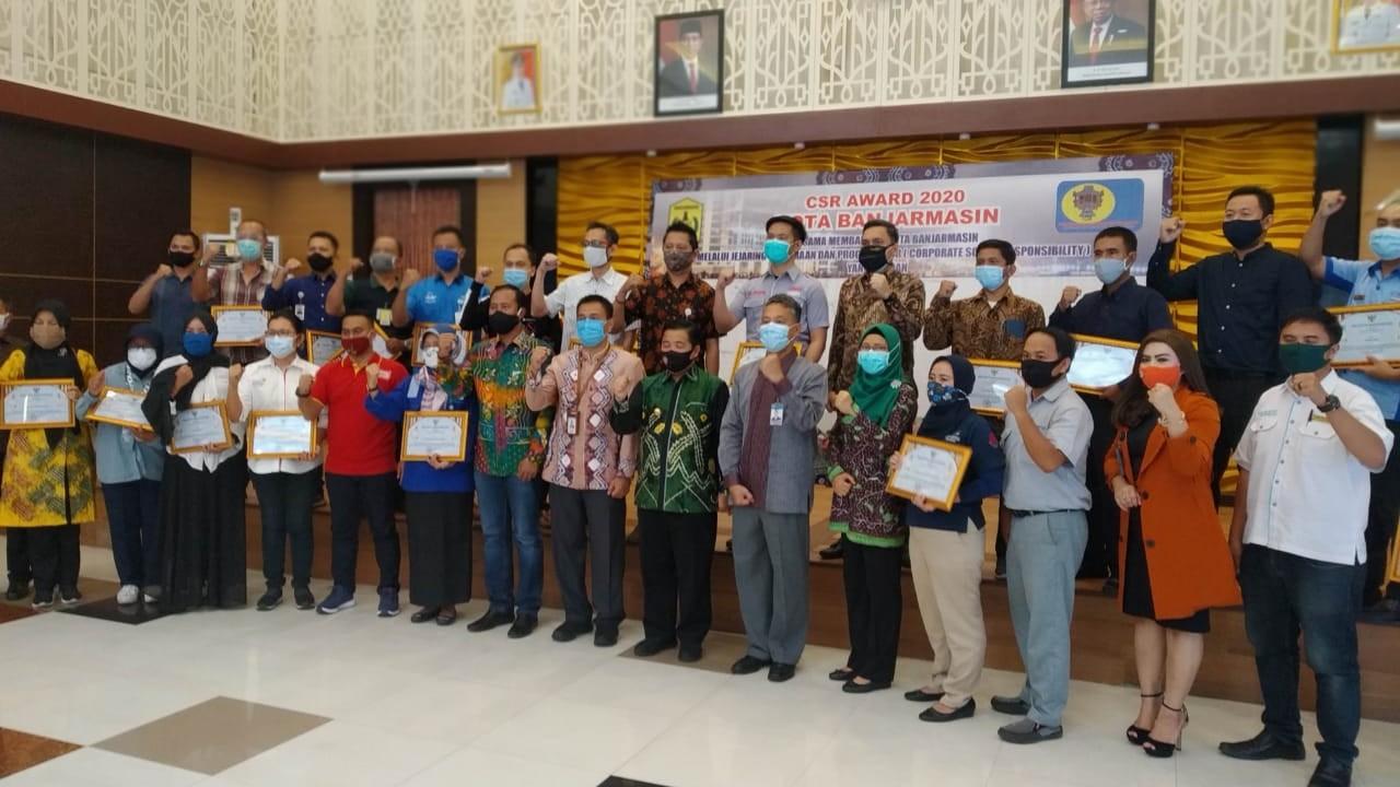 CSR AWARD Diberikan Pemko Banjarmasin kepada 100 Corporate