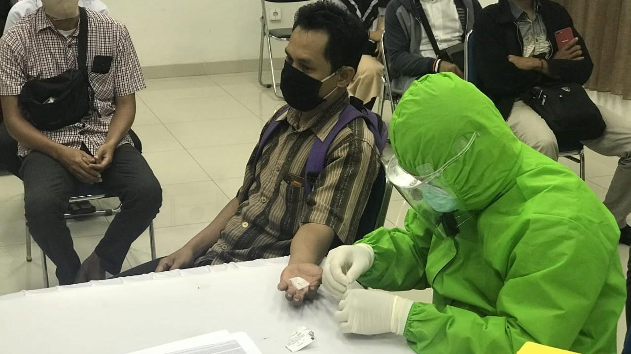 UPDATE Kasus Baru COVID-19 di Indonesia 3.602, Kalsel 42
