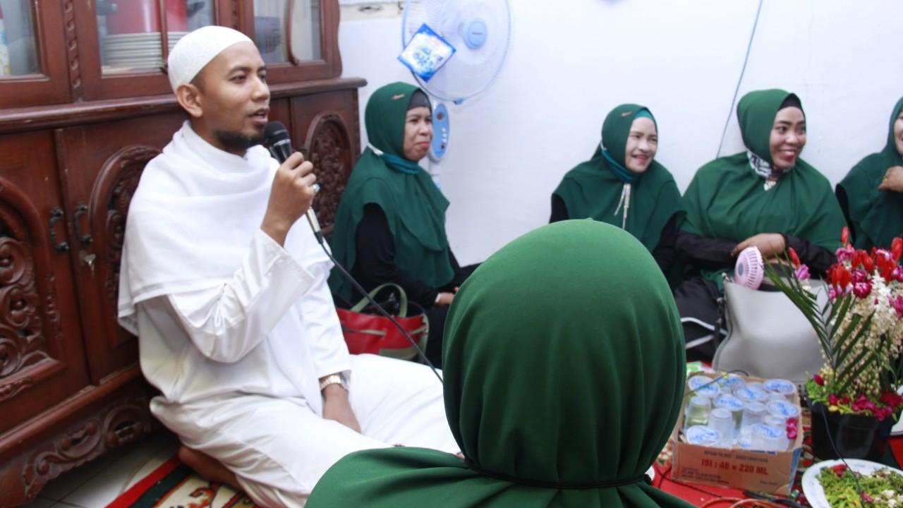 USTADZ Mushaffa Turut Meriahkan Maulid Nabi Muhammad SAW Bersama Warga Sungai Andai