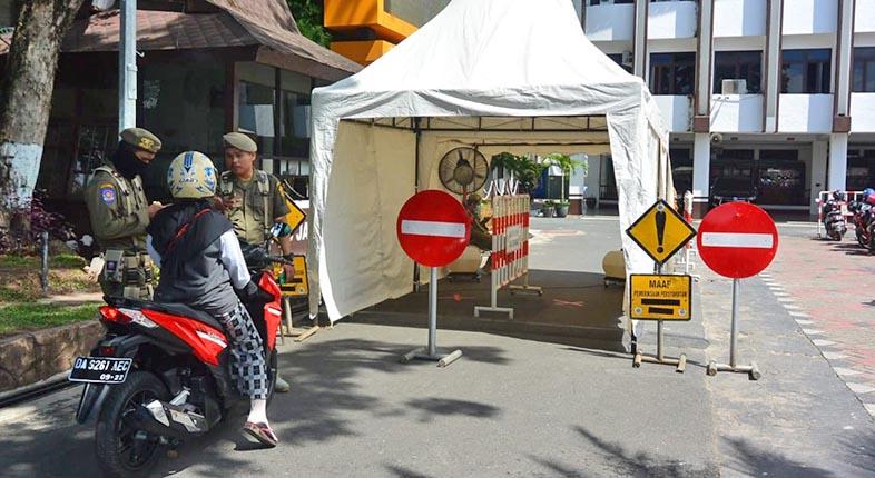 KASUS BARU Positif COVID-19 di Indonesia 4.301, Kalsel 68