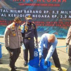 JUTAAN BARANG ILEGAL Disita Jajaran KPPBC Banjarmasin dan Dimusnahkan