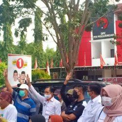 GEMURUH TAKBIR Ketika Kampanye di Depan Markas 'Banteng', ZR Sapu Bersih Pemilih
