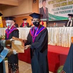WISUDA STIA Bina Banua, Plt Gubernur: Sarjana Harus Punya Karakter dan Berakhlak Mulia