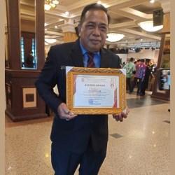 KEPALA Perwakilan BKKBN Kalsel Raih Award, Kuliah Tak Perlu ke Luar Daerah